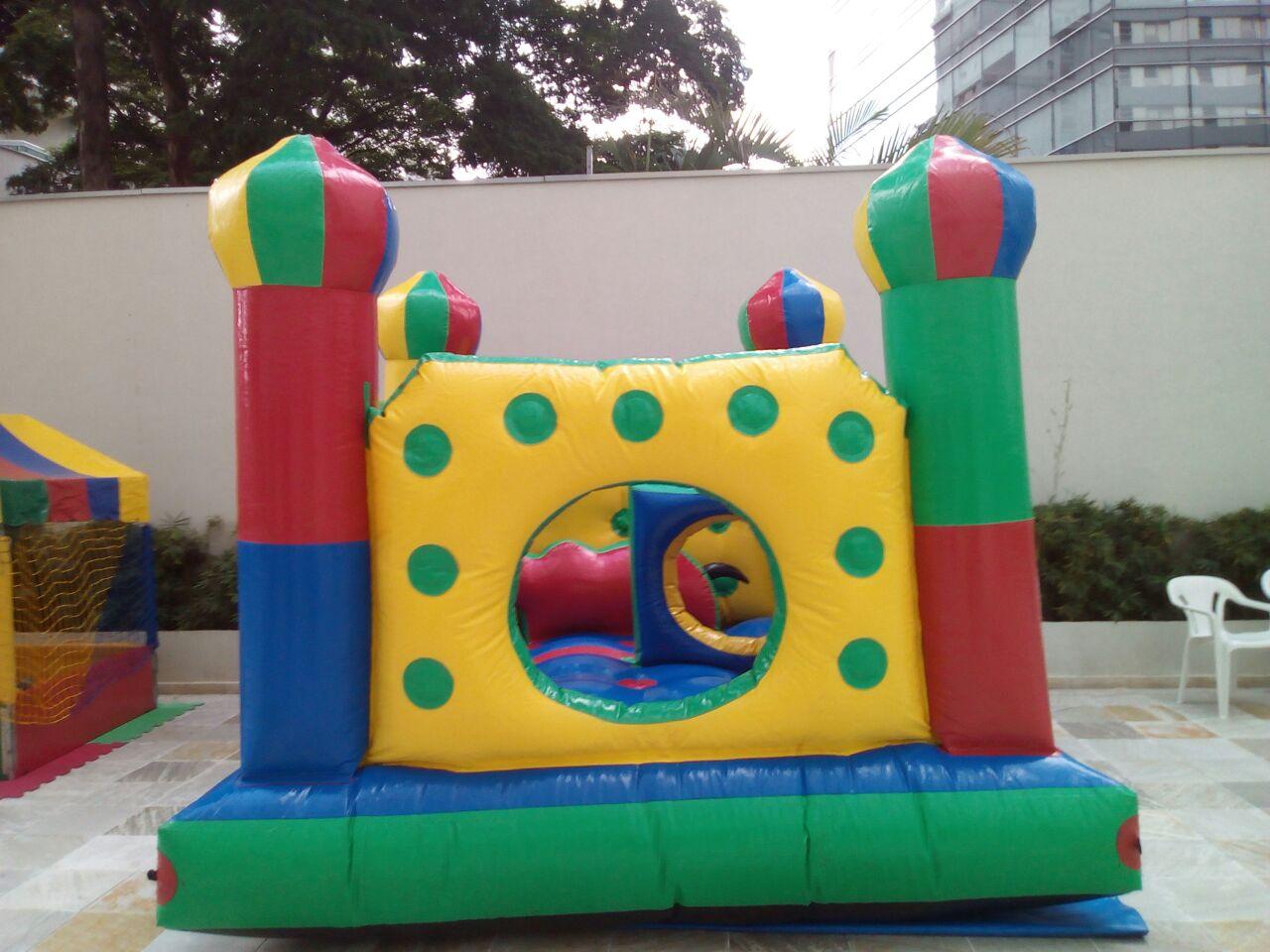 Castelo inflável KidPlay